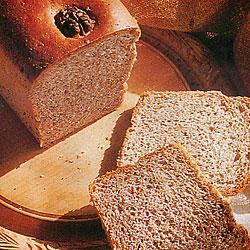 Recette du pain aux graines de pavot et aux noix